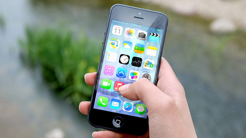 Millenials - Generation X Glued More to Their Smartphones