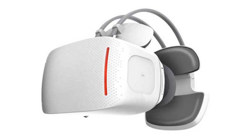 Alcatel Vision Review - The Mobile VR Headset That Doesn't Need a Phone