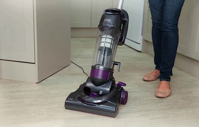 Russell Hobbs RHUV3002 Review - Basic Cleaning Performance at its Finest