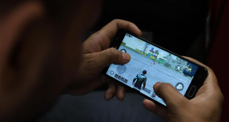 India bans PUBG and other Chinese apps –