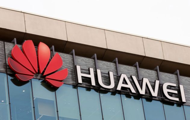 Huawei reportedly set to sell Honor budget phone division for $15B –