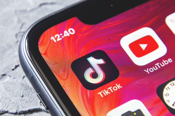 Driven by livestreams, consumer spending in social apps to hit $17.2B in 2025 –
